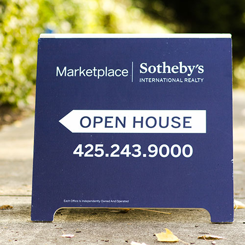 Custom Made Real Estate Signage for Open House in Santa Ana, CA